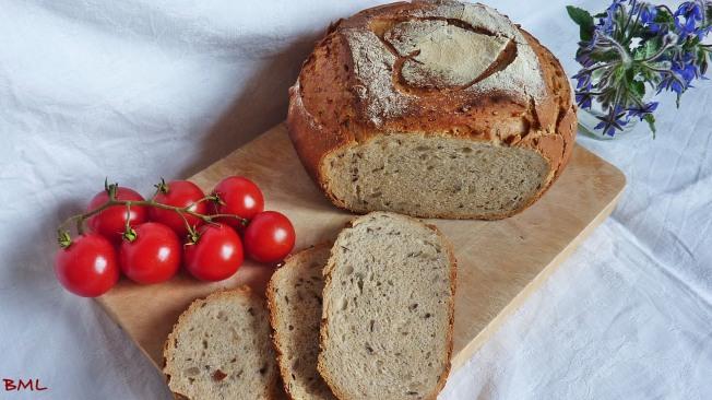 Kerniges Weizenmischbrot (16)