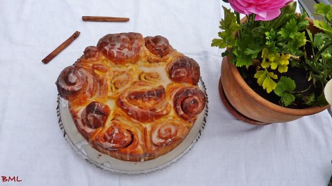 Zimtschneckenkuchen mit weisser Schokolade (17)