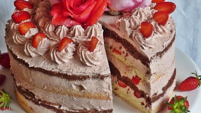 Erdbeerbuttercremetorte (46)