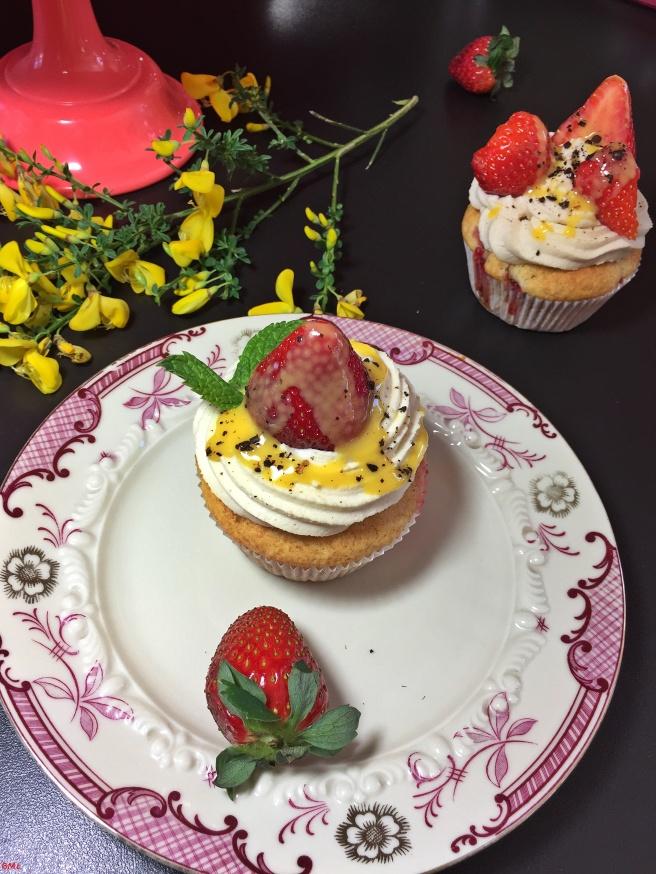 Erdbeer-Eierlikör-Cupcakes (25)