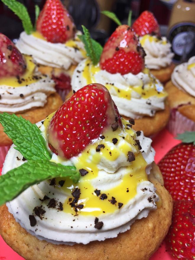 Erdbeer-Eierlikör-Cupcakes (29)