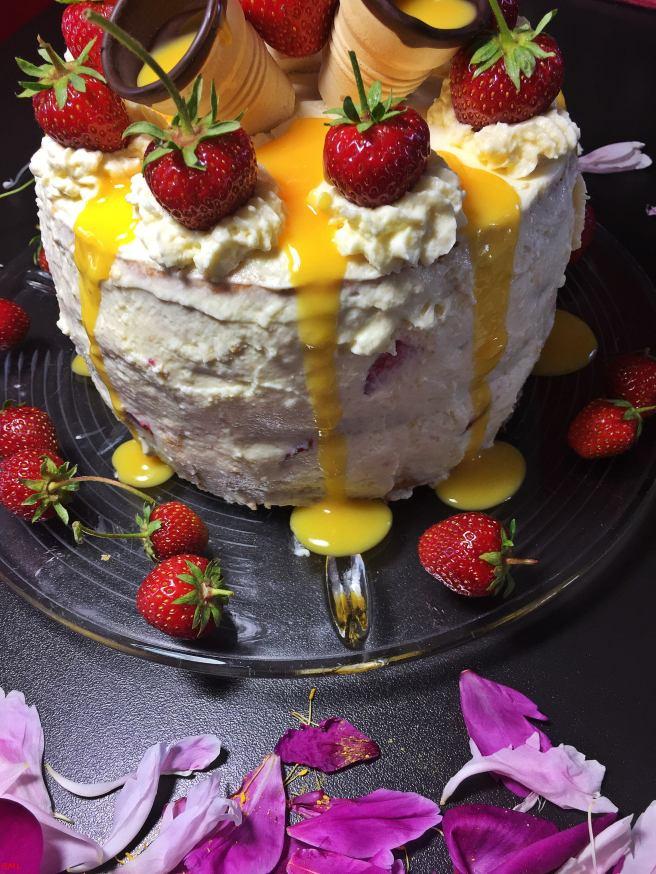 Erdbeer-Eierlikörtorte (38)