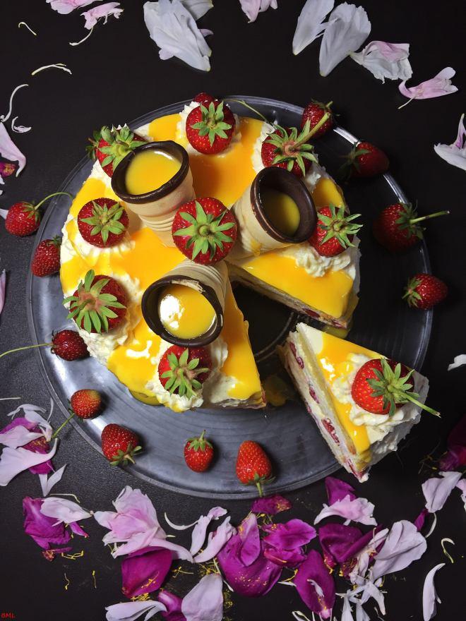 Erdbeer-Eierlikörtorte (44)