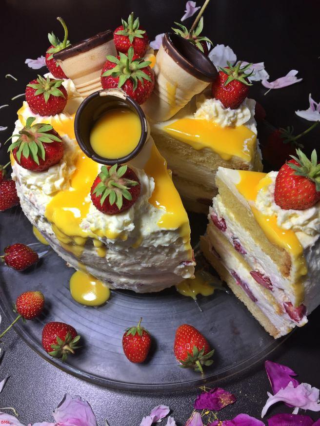 Erdbeer-Eierlikörtorte (50)