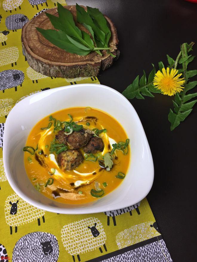 Karottensuppe mit Bärlauchfrikadellen (22)