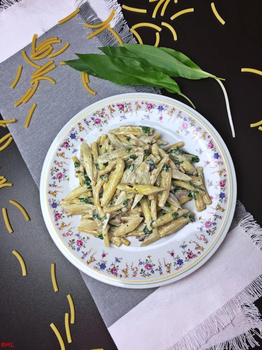 Spargel-Bärlauch-Pasta in einer Frischkäsesauce...was Schnelles zum Mittagessen