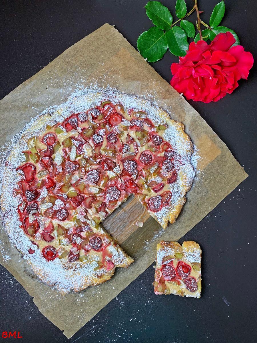 Rhabarber-Erdbeer-Wähe…ein leckeres Dessert