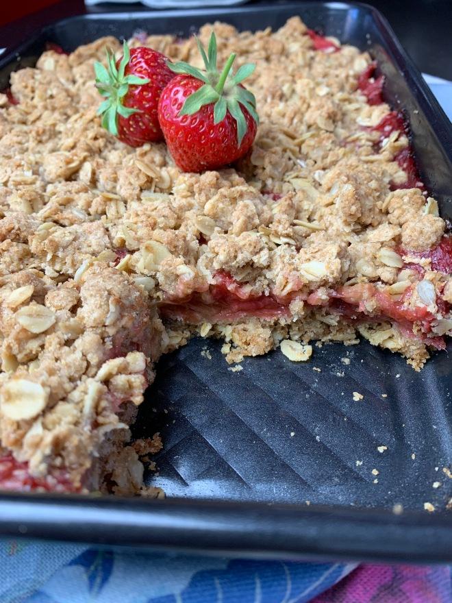 Erdbeer-Rhabarber-Schnitten (1)