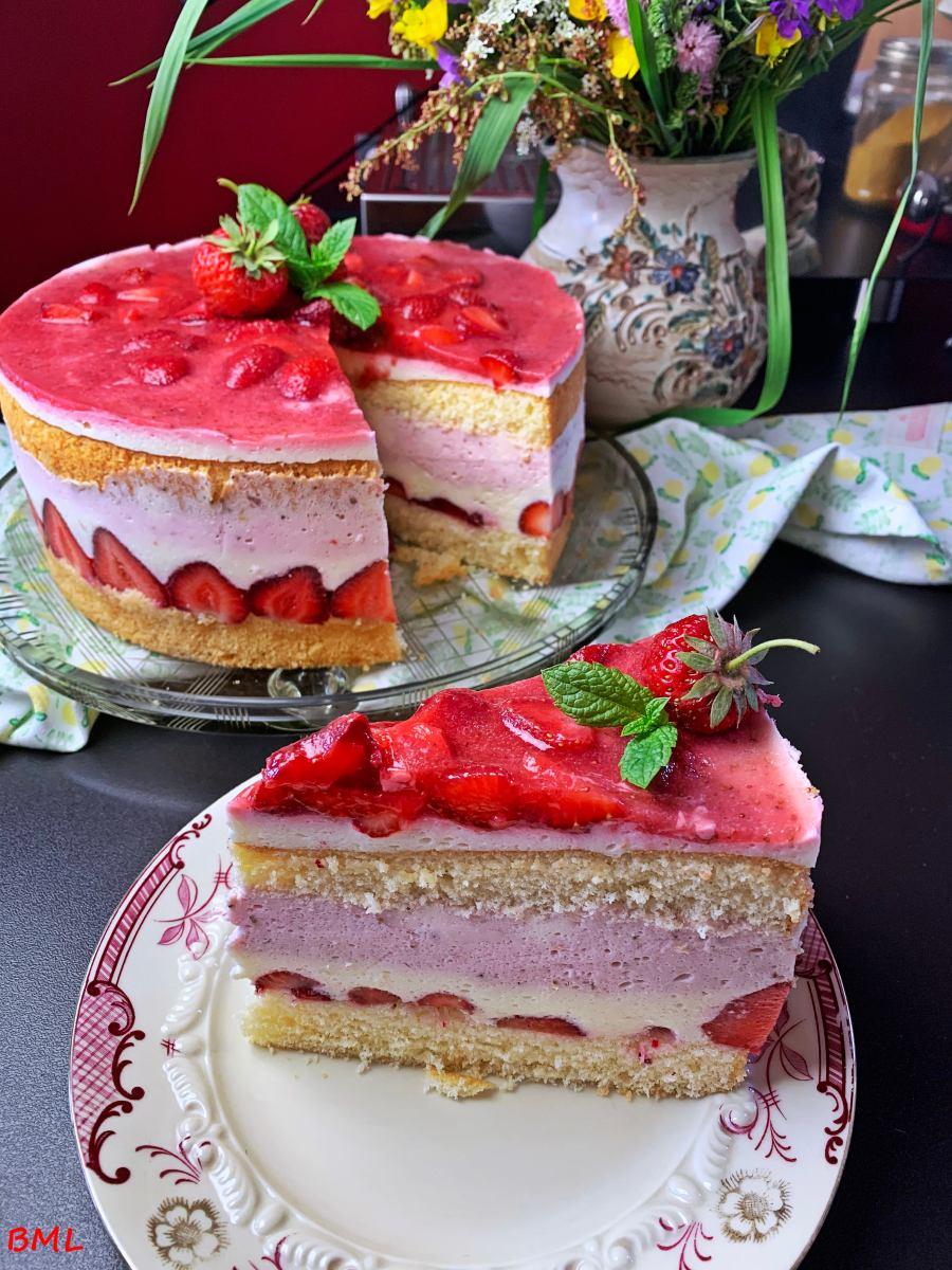 Käsesahne-Torte mit Erdbeeren…fruchtig, lecker, erfrischend