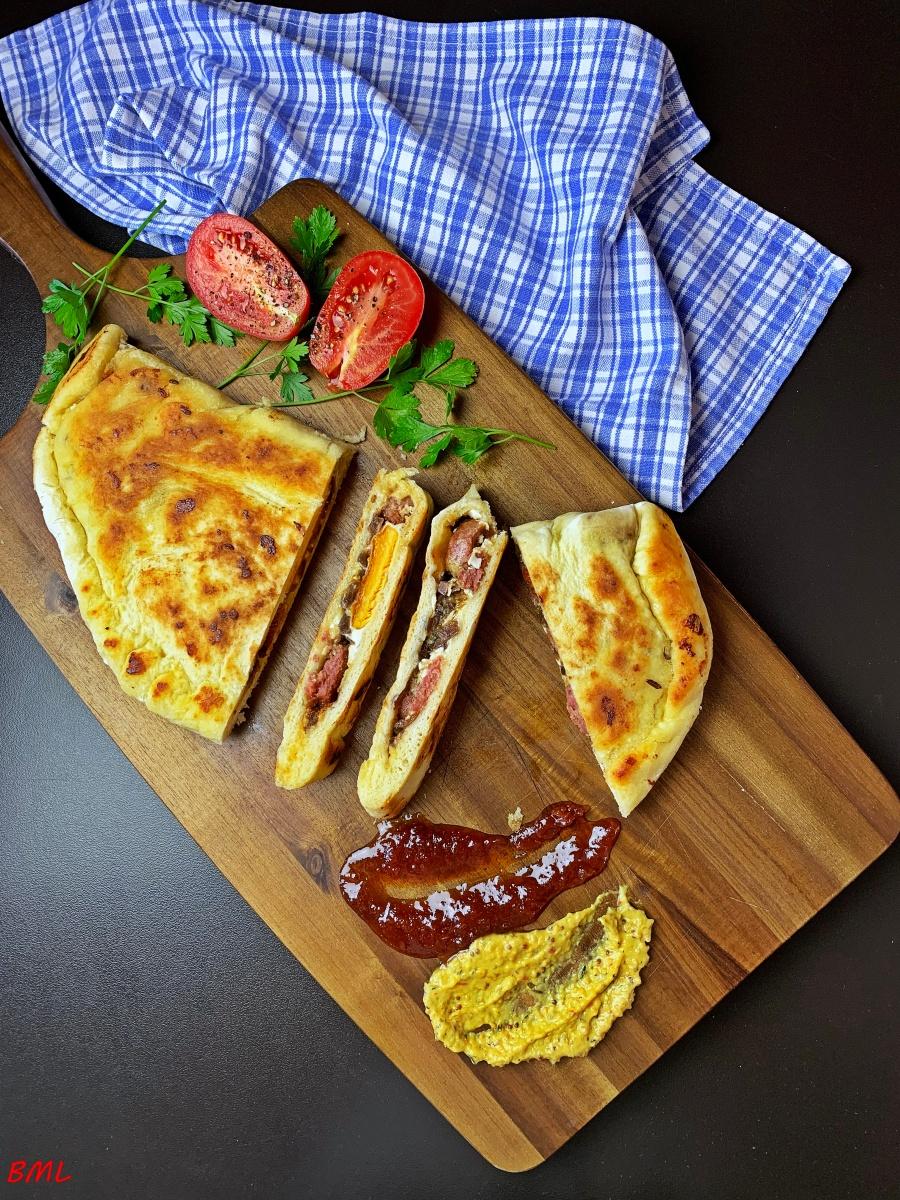 Bratwurst-Calzone…nach Jamie Oliver