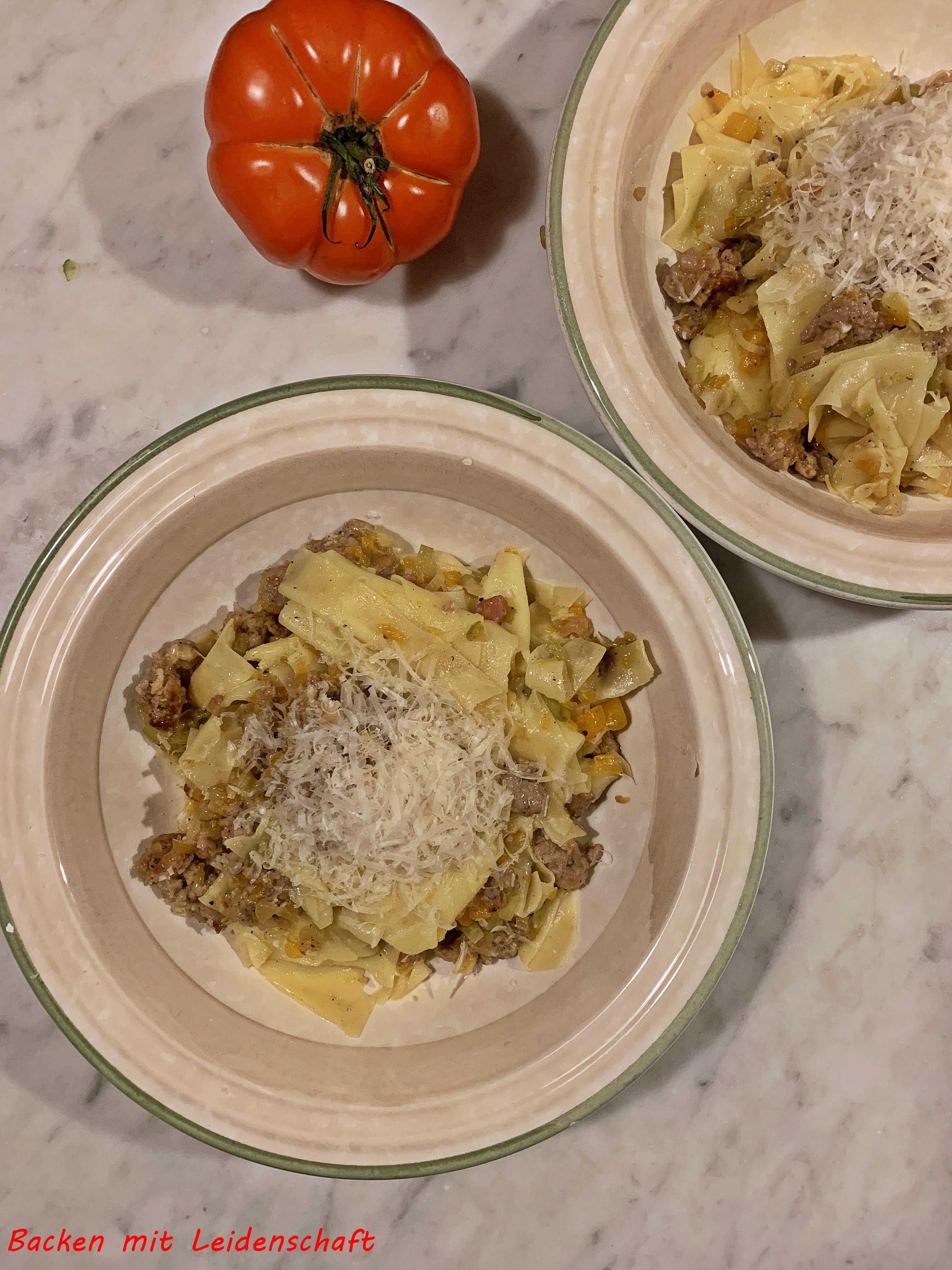 Pasta Kürbis, Salsiccia (7)