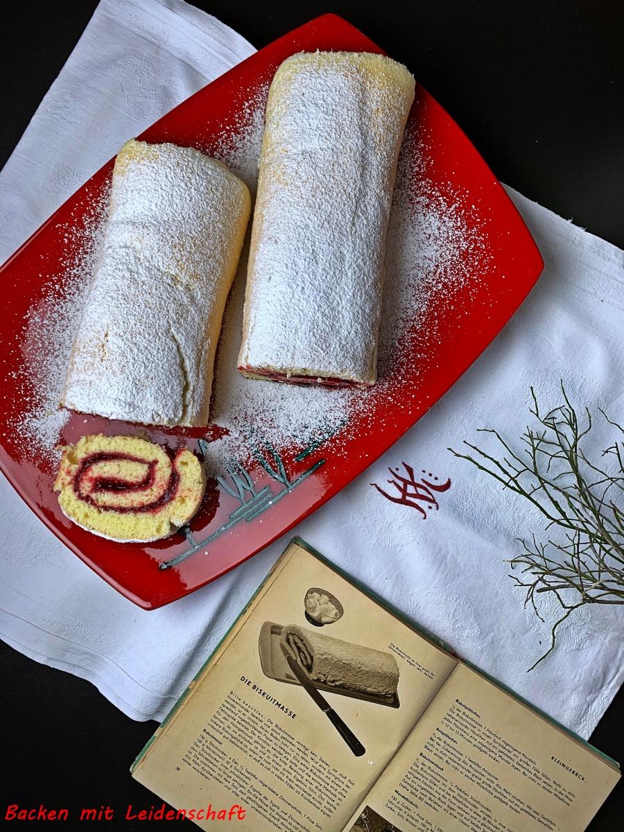 Bisquitrolle á la Mama…gefüllt mit Beerenkonfitüre