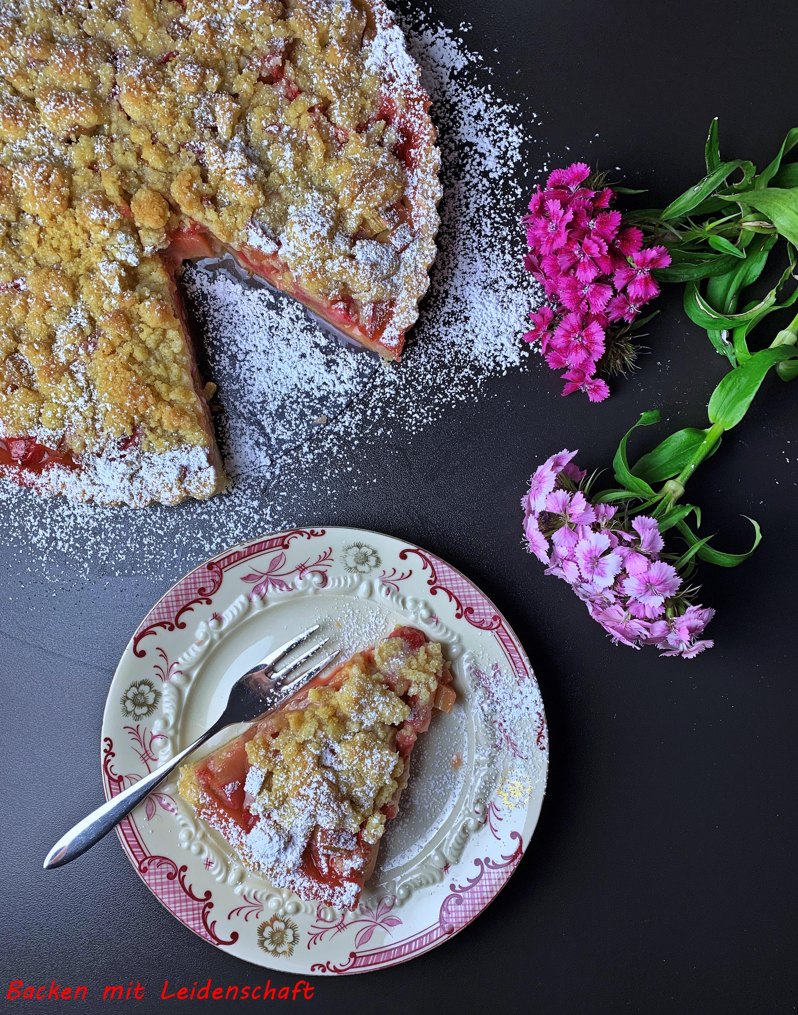 Erdbeeren- Rhabarber-Crumble-Tarte…unwiderstehlich fruchtig